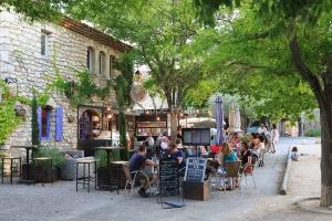 IMG_16076187_drome (26)  la garde adhemar les plus beaux village