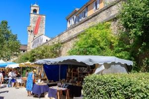 IMG_16076097_drôme (26)  grignan plus beaux villages de france