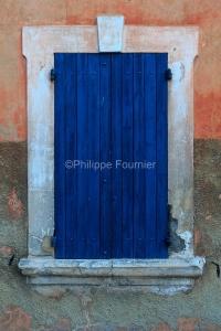 IMG_18068513_VAUCLUSE (84)  BONNIEUX FAçADE DE MAISON DE VILLAG