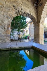 IMG_1909121129_Vaucluse (84)  Séguret Plus beaux villages de Fr