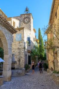 IMG_1909121296_Vaucluse (84)  Séguret Plus beaux villages de Fr