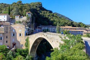 IMG_16075394_drome (26)  nyons adolescent à velo le pont roman