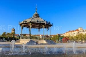 IMG_1909041529_Drôme (26)  Valence Ville et Village esplanade d