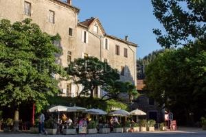 IMG_12382_Ardèche (07)  Antraigues-Sur-Volane Village de Caract