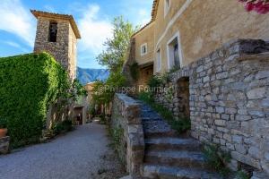 IMG_1907062010_Vaucluse (84)  Brantes Villages perchés, clocher