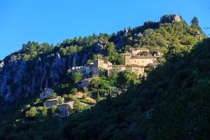 IMG_1907072151_Vaucluse (84)  Brantes Villages perchés, le vill