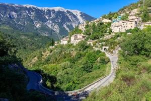 IMG_1907092540_Vaucluse (84)  Brantes Villages perchés, cycloto