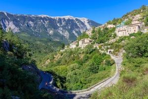 IMG_1907092576_Vaucluse (84)  Brantes Villages perchés, cycloto