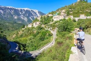 IMG_1907092579_Vaucluse (84)  Brantes Villages perchés, cycloto