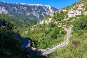 IMG_1907092592_Vaucluse (84)  Brantes Villages perchés, cycloto