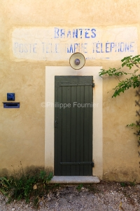 IMG_1907092661_Vaucluse (84)  Brantes Villages perchés, façade