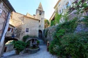 IMG_1907092758_Vaucluse (84)  Crestet Villages perchés fontaine