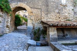 IMG_1907092780_Vaucluse (84)  Crestet Villages perchés le lavoi