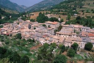 IMG_26216_drome (26)  saint nazaire le desert le village