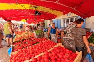 IMG_16076351_Jour-de-Marche- Tomate Villes-et-Villages Buis-les-