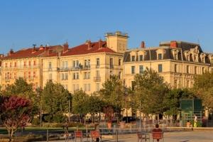 IMG_1909041599_Drôme (26)  Valence Ville et Village esplanade d