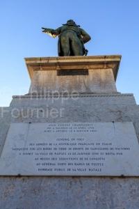 IMG_1909041603_Drôme (26)  Valence Patrimoine esplanade du cham