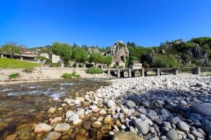 IMG_16051793_Ardèche (07)  labeaume village de caractère pont