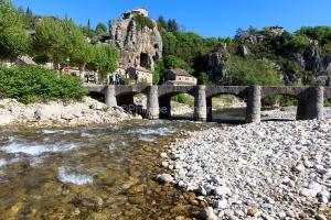 IMG_16051807_Ardèche (07)  labeaume village de caractère pont