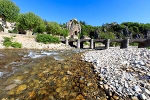 IMG_16051815_Ardèche (07)  labeaume village de caractère pont