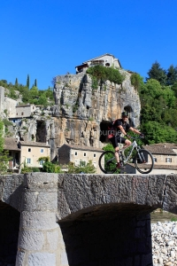 IMG_16051842_Ardèche (07)  labeaume village de caractère pont