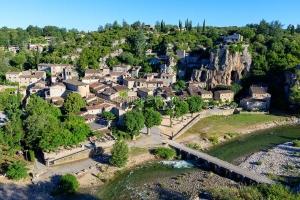 IMG_1906151158_Ardèche (07)  Labeaume Village de Caractère, le