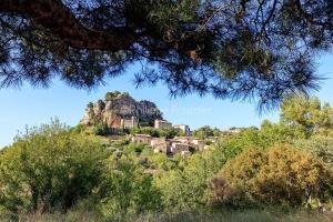 IMG_1907092796_Vaucluse (84)  La Roque Alric Pays des Dentelles