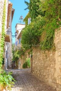 IMG_1909121162_Vaucluse (84)  Séguret Plus beaux villages de Fr