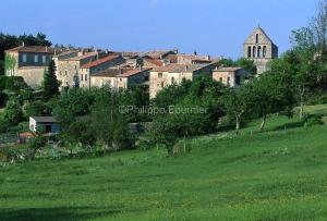 IMG_073416_Ardeche (07)  ailhon village de caractere vue du vill