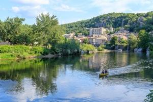 IMG_16064226_Ardèche (07)  vogüé plus beaux villages de franc