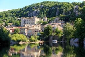 IMG_16064584_Ardèche (07)  vogüé plus beaux villages de franc
