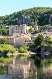 IMG_16064595_Ardèche (07)  vogüé plus beaux villages de franc
