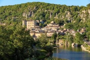 IMG_16076895_Ardeche (07)  vogüé village de caratère le villa