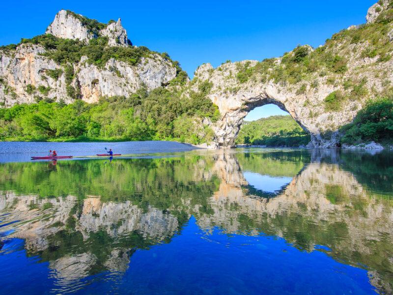 IMG_17041745_Aval-du-Pont-d'Arc-_Riviere-Ardeche_Paysage_Vallon-pont-d'Arc_Ardeche