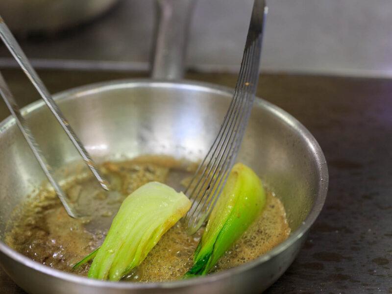 IMG_1911201052_Ardèche (07) Saint Germain Auberge de Montfleury restaurant étoilé Richard Rocle Coup de feu en cuisine fenouil braisé_