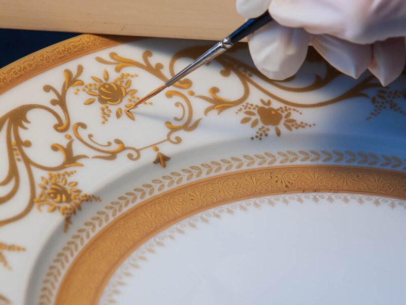 IMG_43514_Haute vienne (87) limoges manufacture de porcelaines robert haviland & c parlon dorure au pinceau limoges haute vienne .