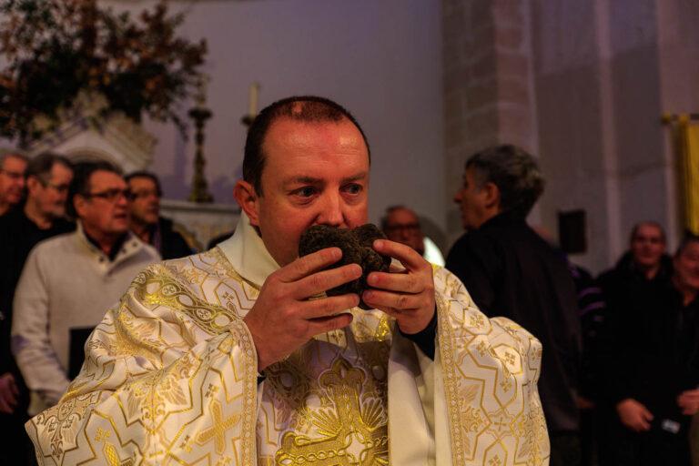 Richerenches la messe aux truffes